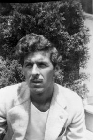 VQ Sr.. Artist in the Park Southhampton cira 1949